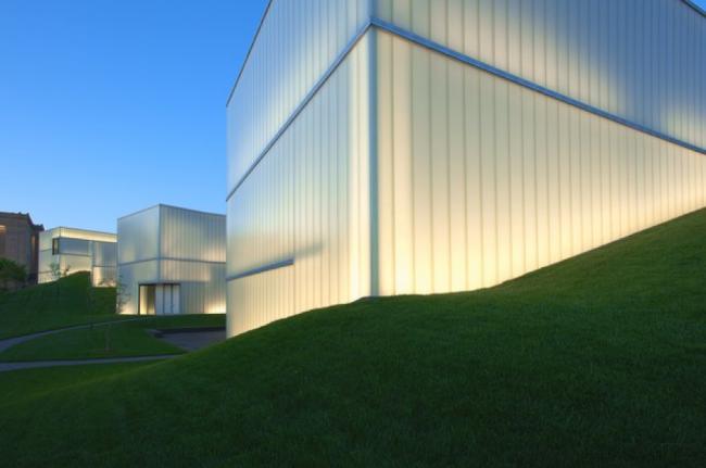 The Bloch Building, Missouri